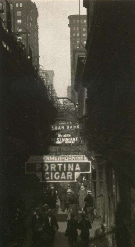 E. O. Hoppé - La Salle Street, Chicago, 1926  | Bruce Silverstein Gallery