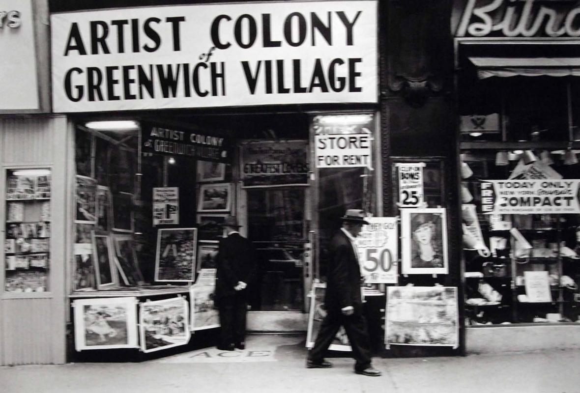 Frank Paulin - Untitled (Artist Colony of Greenwich Village, 14th Street), 1955 Gelatin silver print | Bruce Silverstein Gallery