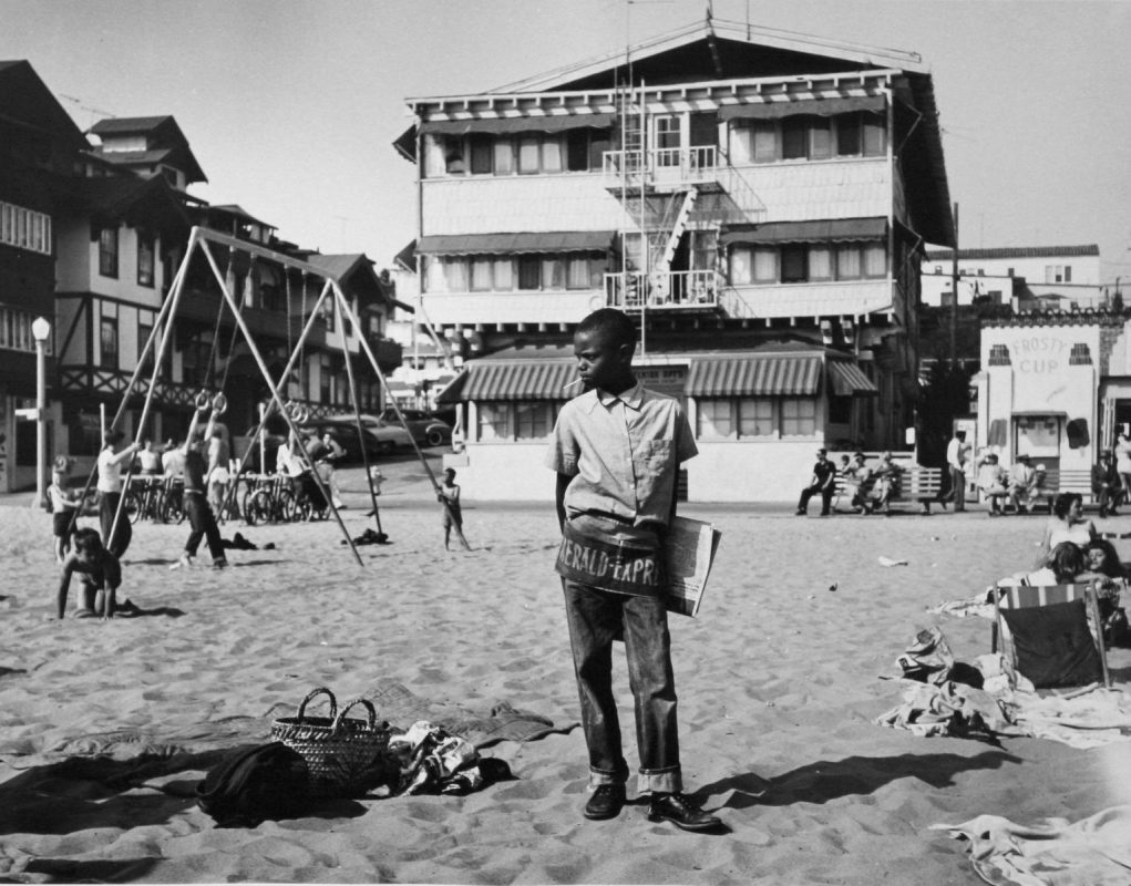 Larry Silver - Newsboy, Muscle Beach, Santa Monica, 1954 Gelatin silver print, printed later | Bruce Silverstein Gallery