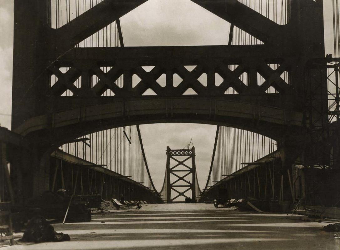 E. O. Hoppé - Delaware Bridge, Wilmington, 1926  | Bruce Silverstein Gallery