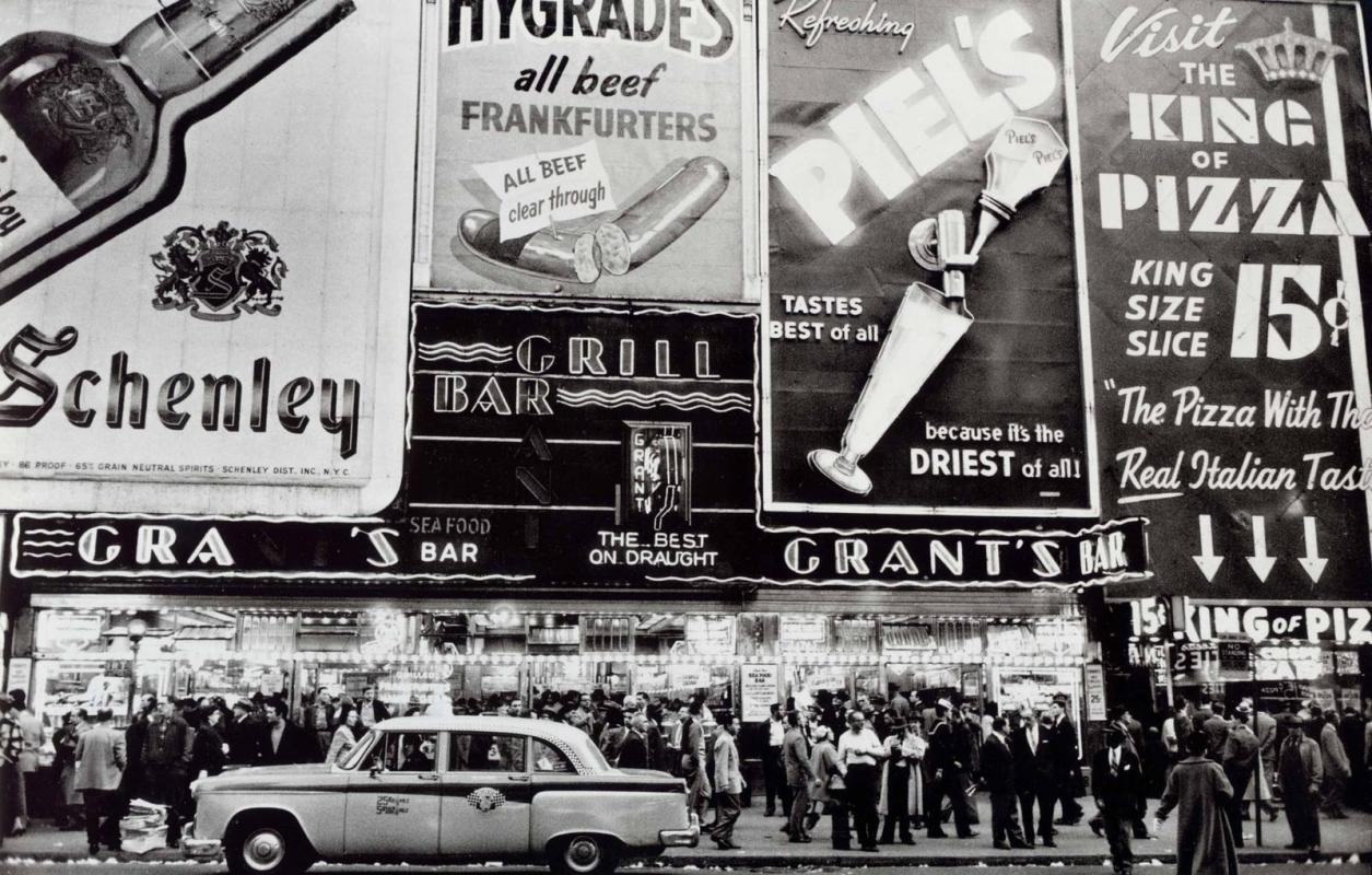 Frank Paulin - Grant's Bar, New York, 1956 Gelatin silver print | Bruce Silverstein Gallery