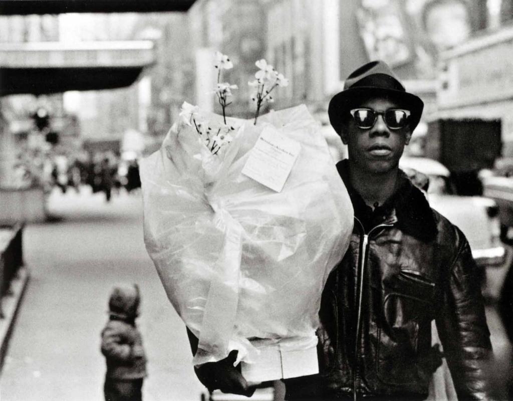 Frank Paulin - Flower Messenger, Times Square, 1955 Gelatin silver print | Bruce Silverstein Gallery