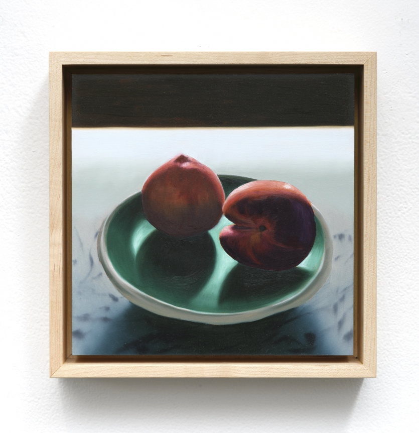 Bruce Cohen, Two Peaches on a Plate, 2019, Oil on panel