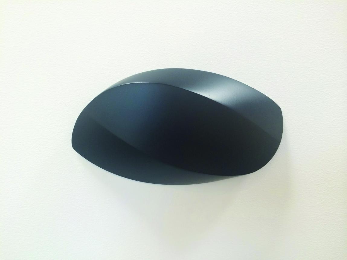 Tom Waldron, Torque, 2013, sculpture, enamel on wood