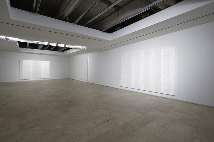 Mary Corse New Work Installation View 1