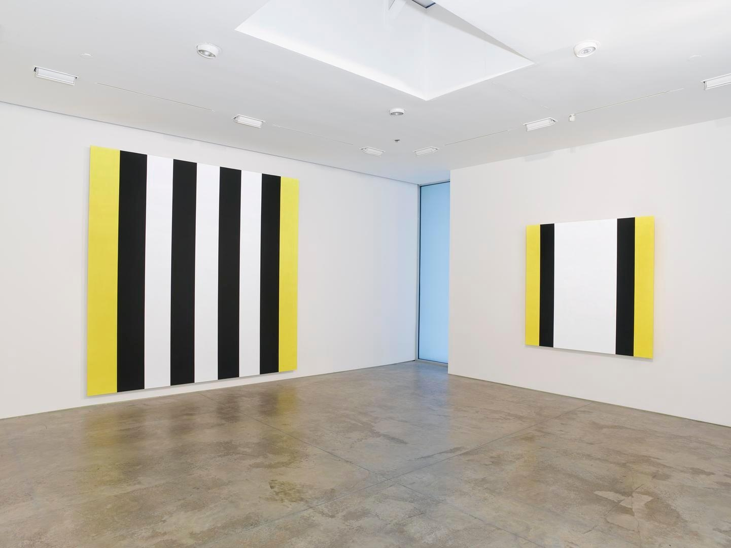 Mary Corse Installation view 4