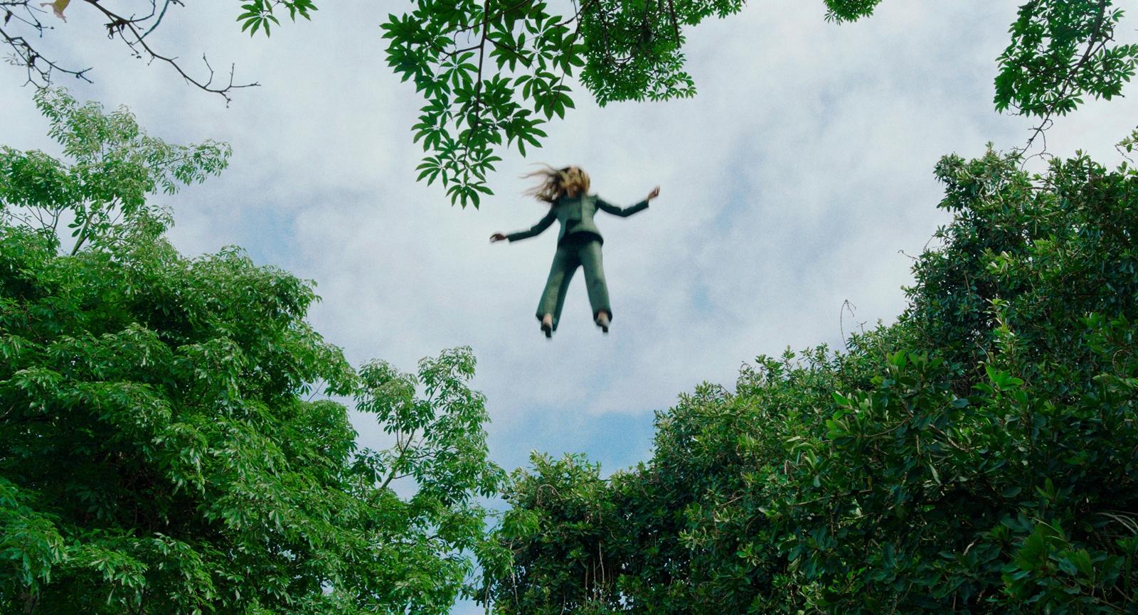 ALEX PRAGER, Play the Wind, 2019 (film still)
