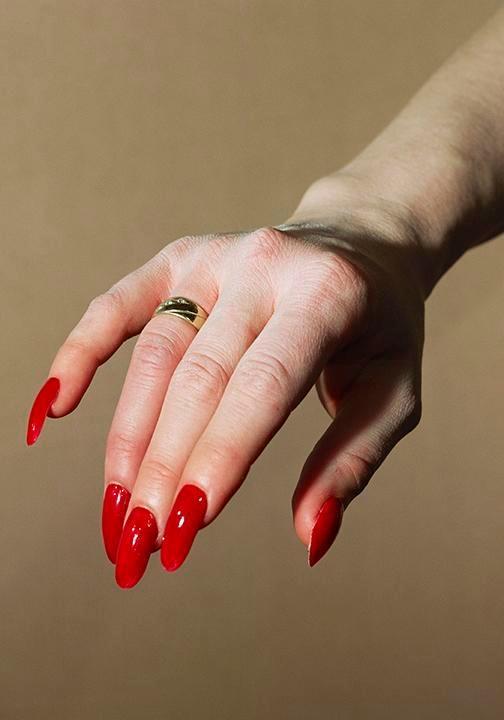 ALEX PRAGER Hand Model, 2017