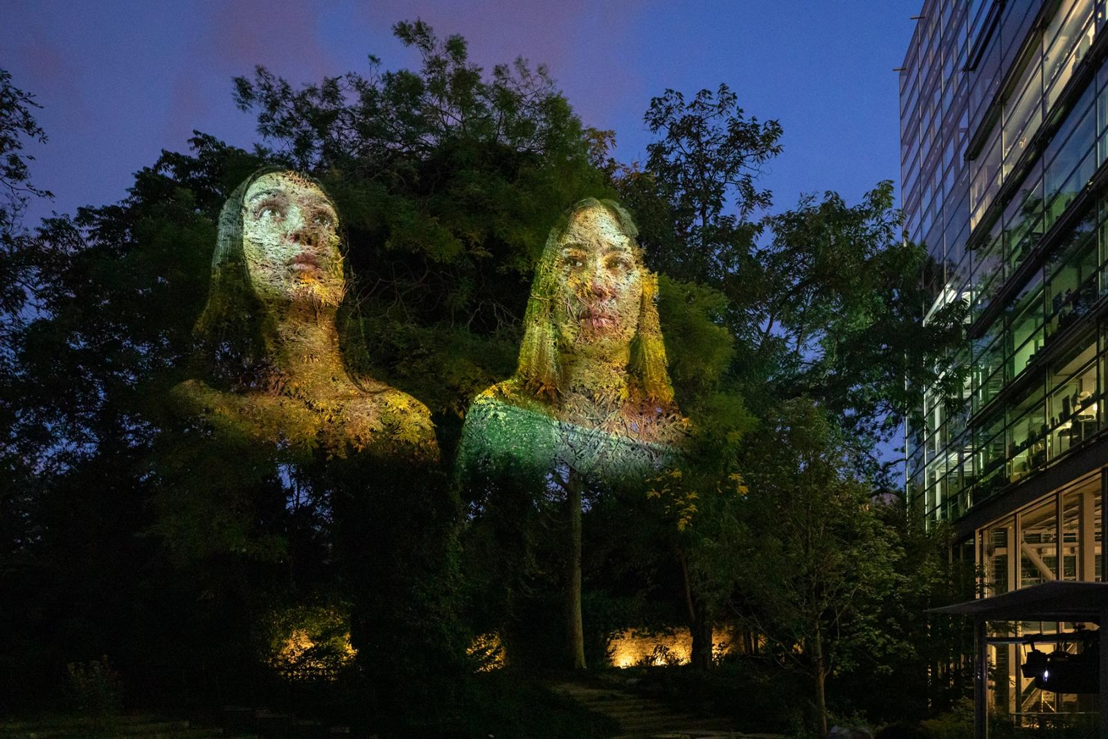 Tony Oursler: Eclipse, Fondation Cartier, Paris
