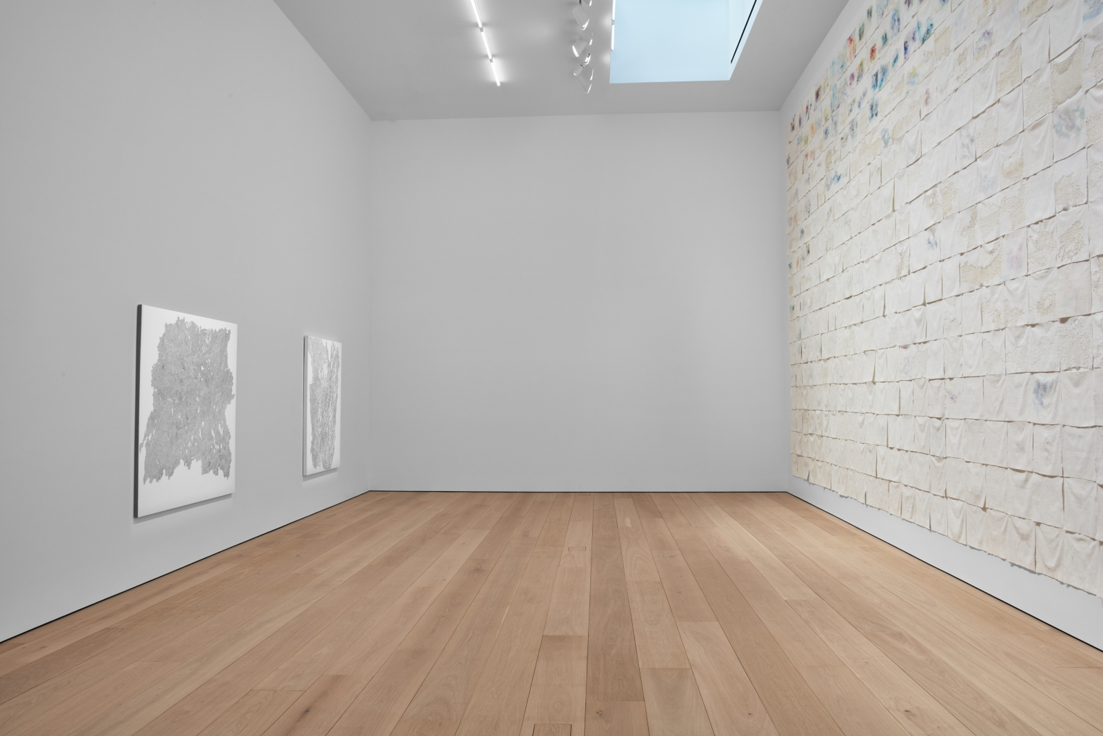 Liza Lou: Classification and Nomenclature of Clouds, Installation view 6