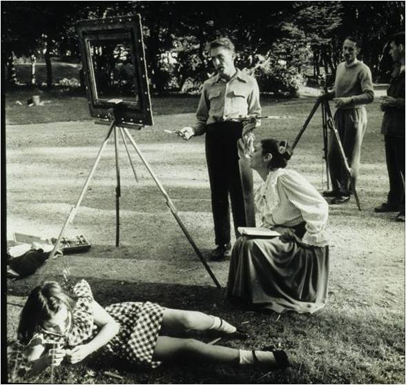 """Sidney Peterson's film class shooting """"Mr. Frenhofer and the Minotaur,"""" based on Balzac's """"Le Chef-d'Oeuvre Inconnu,"""" c. 1948."""