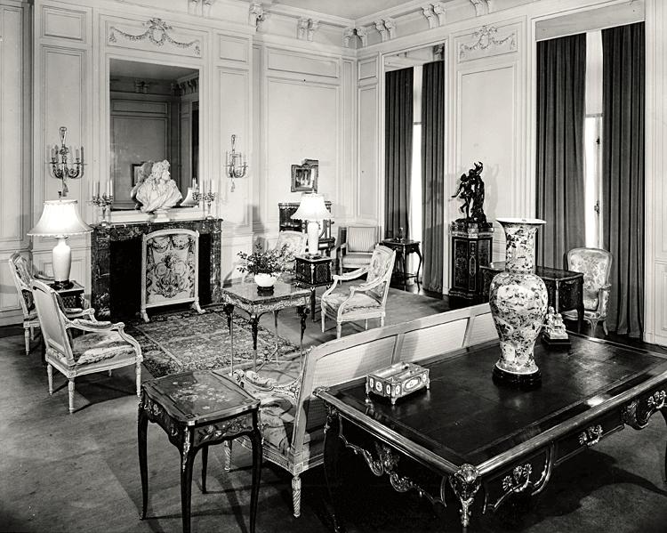 Duveen showroom, 1954-55