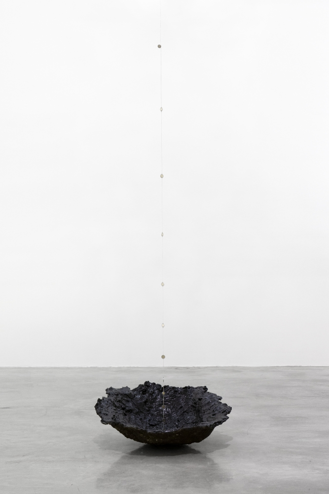 Tania Pérez Córdova (b. 1979)  Short Sight Box, 2020 Imprint of a hole dug in a field, earth, plant roots, plaster, mesh, enamel paint, chain with one peso Mexican coins  Dimensions variable  Edition 1/2, 1