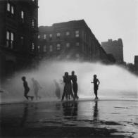 """Life on Harlem streets unfurls in Vassar exhibit"""