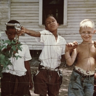 """""""A segregation that was never black and white: Gordon Parks's photographs of 50s Alabama """""""