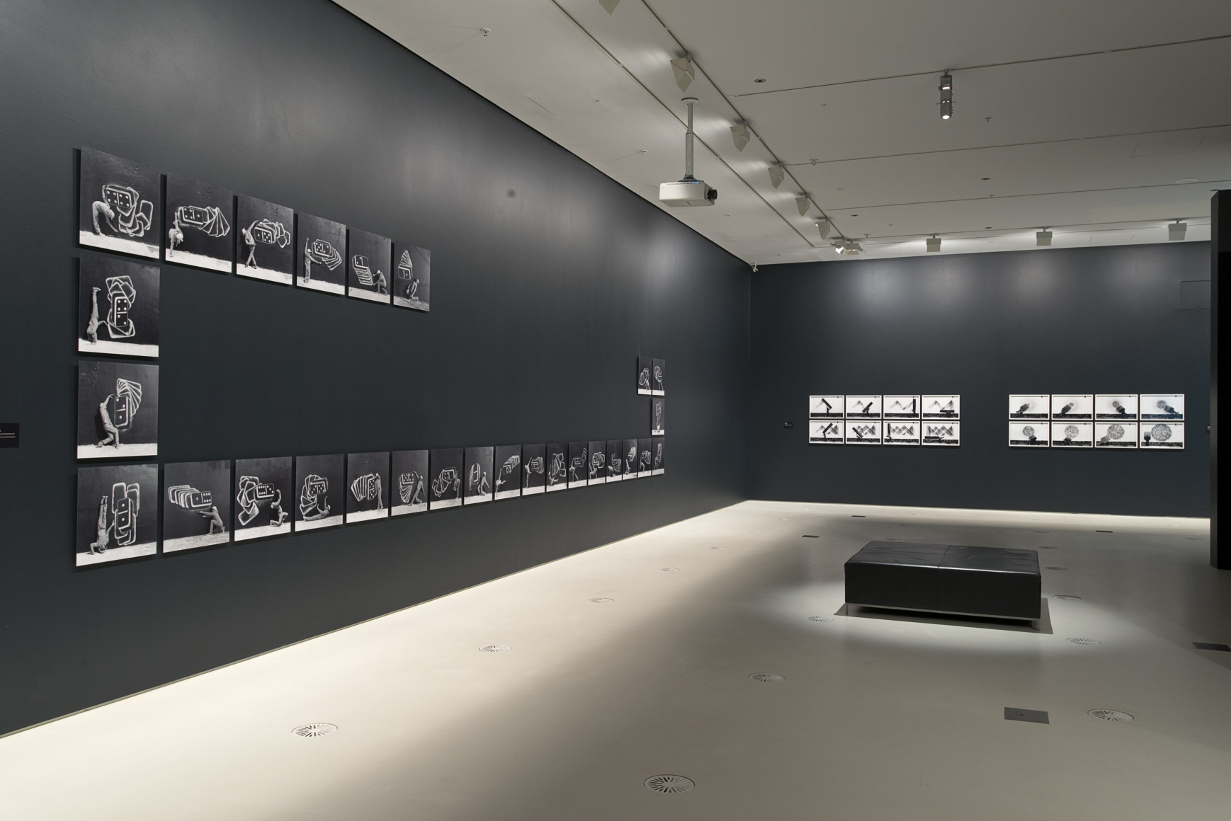 Robin Rhode: The Call of Walls, Installation view