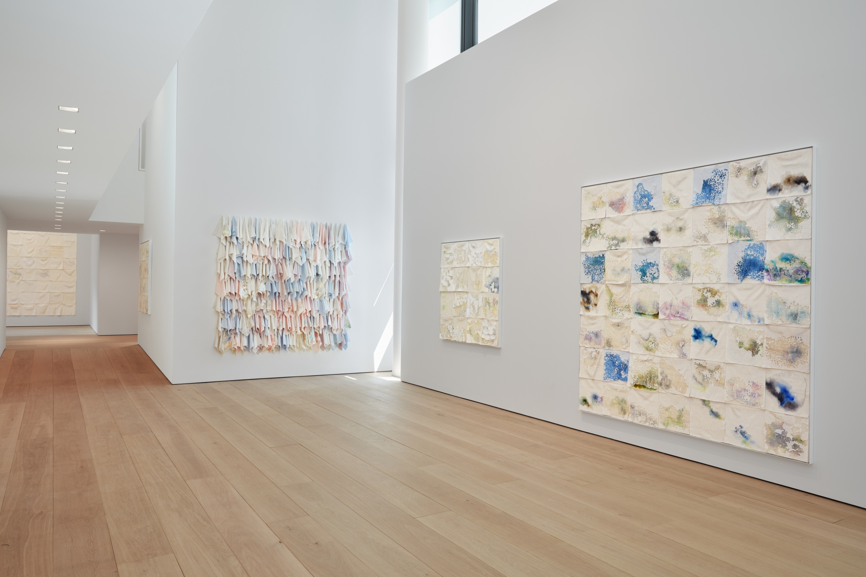 Liza Lou: Classification and Nomenclature of Clouds, Installation view 3