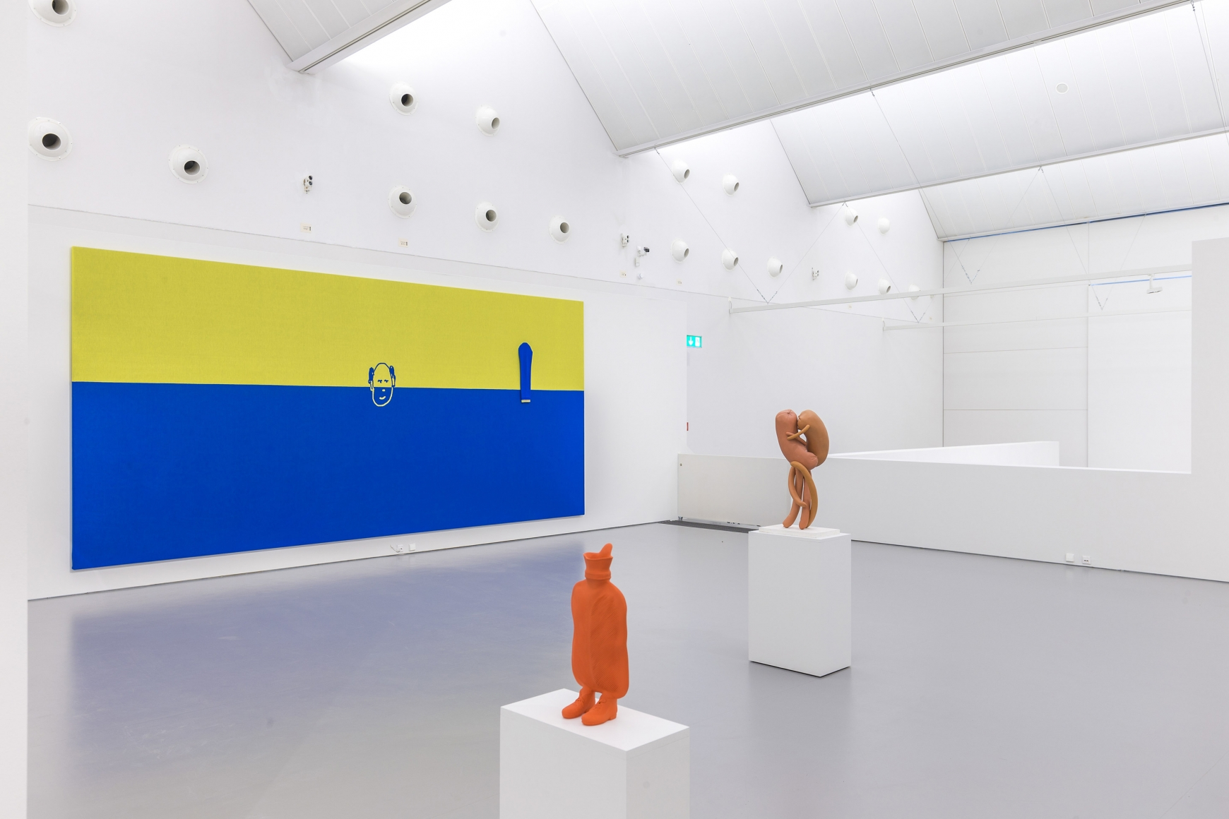 Erwin Wurm, Ende, Installation view