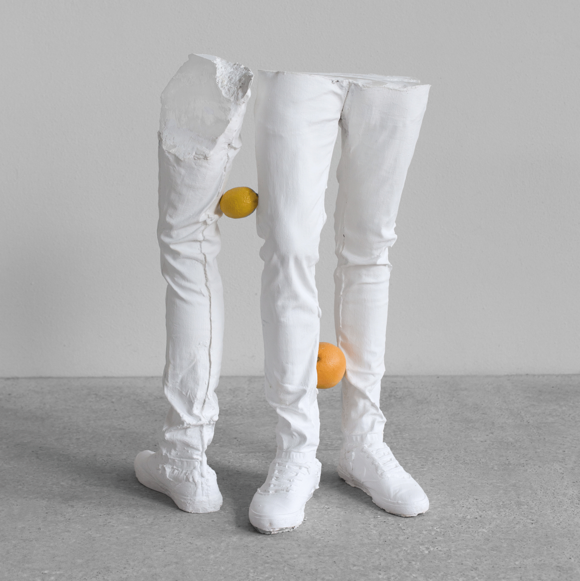 ERWIN WURM, Untitled (with fruits) (One Minute Forever), 2019