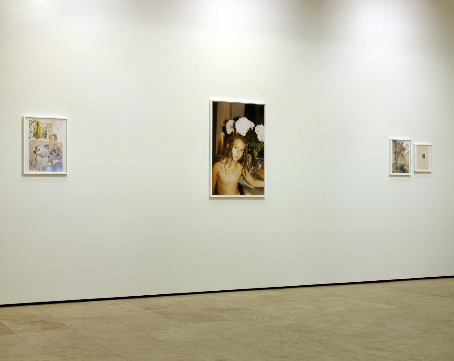 JUERGEN TELLER: NÜRNBERG Installation View 1.