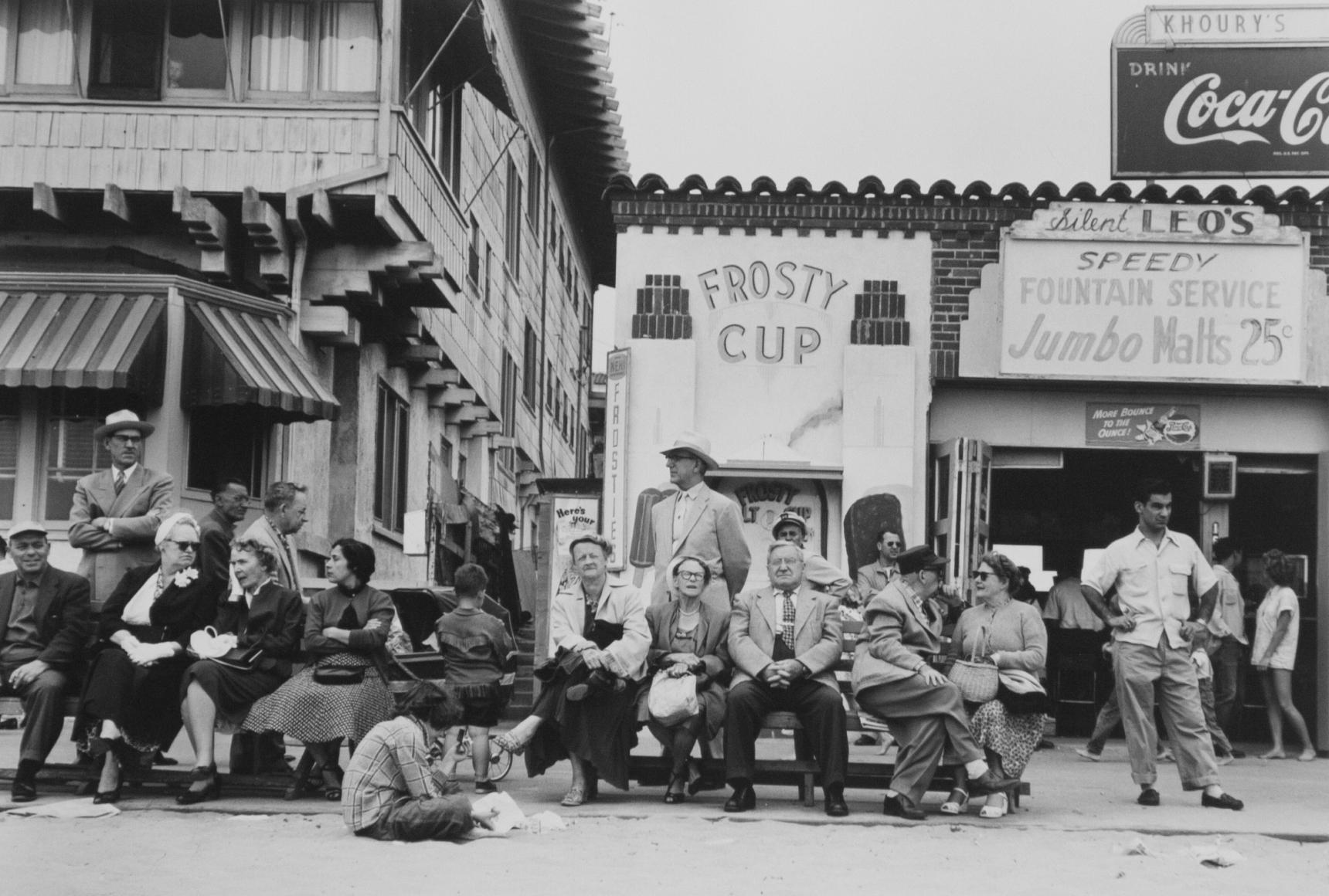Larry Silver, Boardwalk Bench Spectators, Muscle Beach, California, 1954