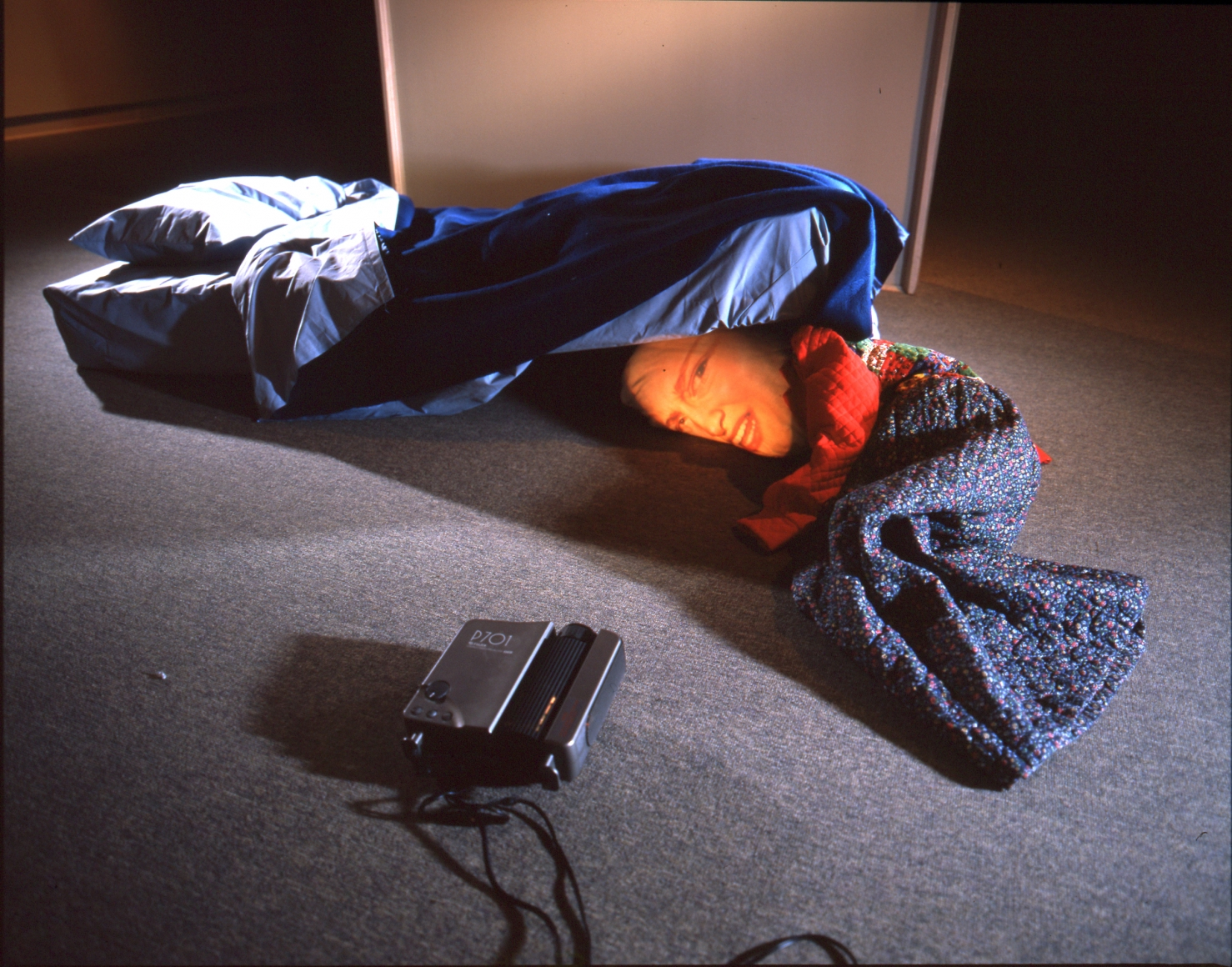 Tony Oursler, Colors, 1995, 701 video projectors and mattress, video (color, sound), 1:2:50 hr.