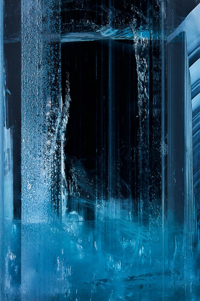 Aquamarine on Feldspar