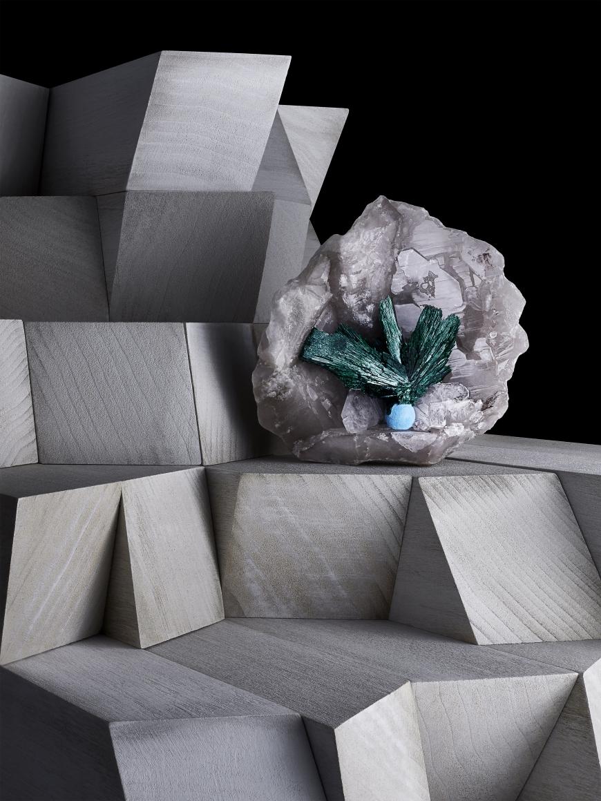 Contrast Exhibition Malachite