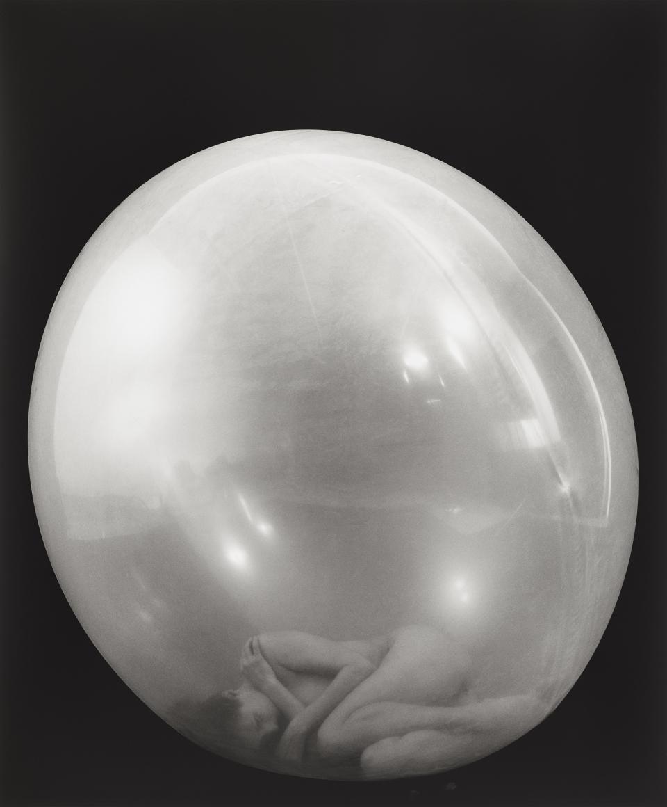 ELIZABETH HEYERT THE BOUND, Balloon