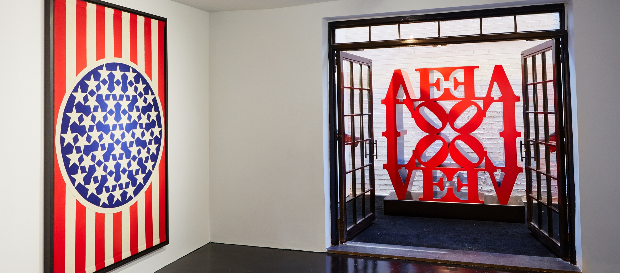 Love Is in the Air – Robert Indiana
