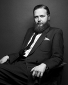 Ragnar Kjartansson Awarded Order of the Falcon