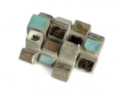 Terhi Tolvanen, jewelry, reinventing nature, cement, quartz