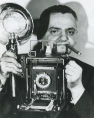 Weegee- Weegee and his Love- his Camera