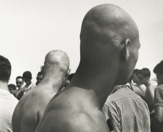 Leon Levinstein - Coney Island, 1953 - Howard Greenberg Gallery