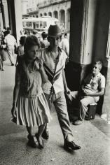 Marc Riboud - Cuba, 1963 - Howard Greenberg Gallery