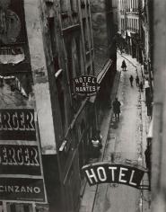 Brassaï - La Rue Quincampoix et ses Hotels De Passe, c.1932 - Howard Greenberg Gallery
