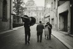 Marc Riboud - Karlo Vivary, 1962 - Howard Greenberg Gallery