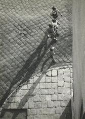 Imre Kinszki - Boys from Above, c.1930 - Howard Greenberg Gallery