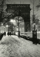 Bedrich Grunzweig - Washington Square Arch, New York, 1965 - Howard Greenberg Gallery