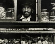 Morris Engel - Harlem Merchant, New York, 1937 - Howard Greenberg Gallery