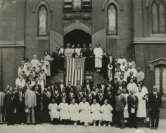 James Van Der Zee - Church Group with U.S. Flag- Howard Greenberg Gallery