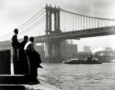 Harold Roth - Boys on East River Pier, Manhattan Bridge, 1948 - Howard Greenberg Gallery