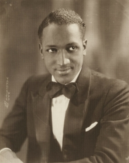 James Van Der Zee - Man with Bowtie, 1931 - Howard Greenberg Gallery