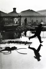 Henri Cartier-Bresson - Behind the Gare Saint-Lazare, Pont de l'Europe, Paris, 1932 - Howard Greenberg Gallery