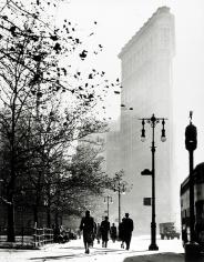 Harold Roth - Flatiron Building, 1946 - Howard Greenberg Gallery