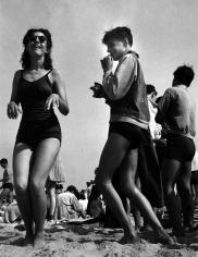Morris Engel - Beach Play, Coney Island, 1938 - Howard Greenberg Gallery