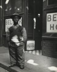 Lisette Model - Bowery, 1942 - Howard Greenberg Gallery