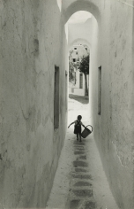 "David Seymour ""Chim"" - White Islands, Greece, 1951 - Howard Greenberg Gallery"