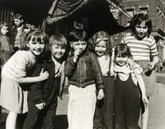 Rebecca Lepkoff - Neighborhood kids, Lower East Side, NYC, 1947 - Howard Greenberg Gallery