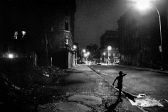 Ken Schles - INVISIBLE CITY / NIGHT WALK 1983-1989 - Howard Greenberg Gallery - 2015